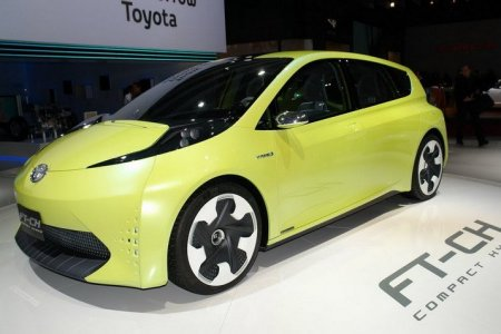 Презентация Toyota Verso-S