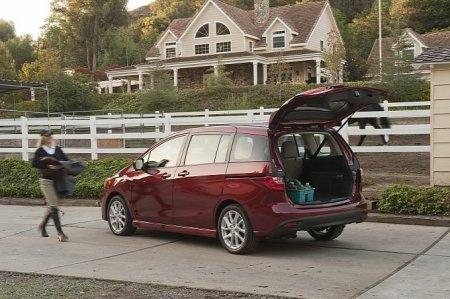 Стоимость минивэна Mazda5 2012 составит менее 20 000 долларов