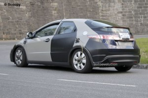 Honda Civic 2012 готова показаться